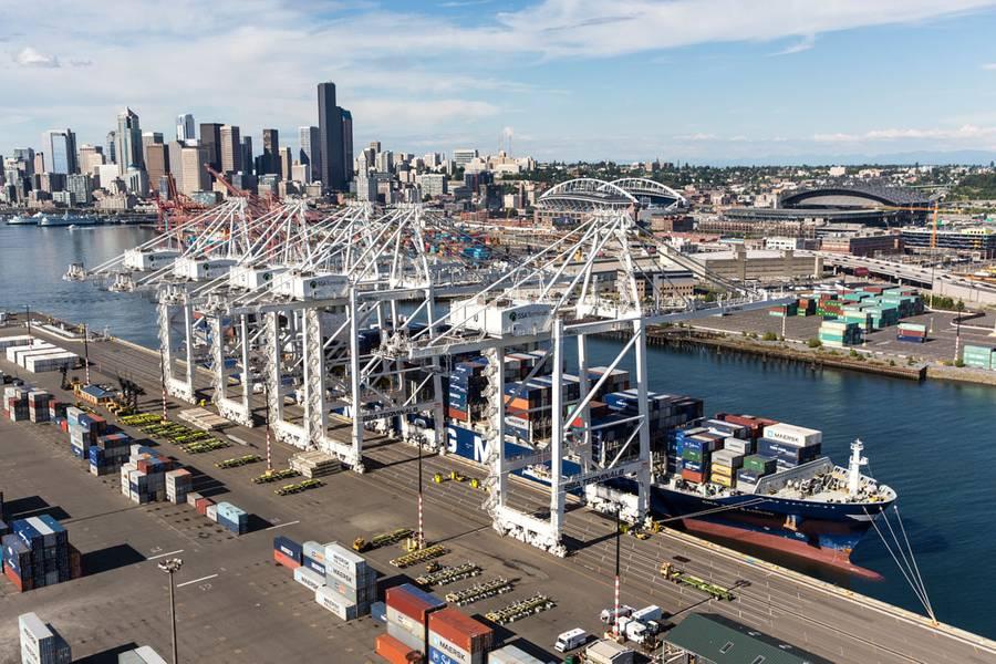 εμπορευματοκιβωτίων στο λιμάνι του Σηάτλ, μέρος της περιφερειακής συνεργασίας της NWSA (CREDIT: NWSA)