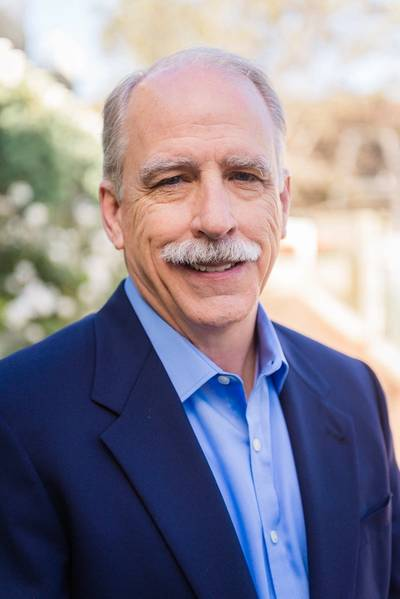 رالف غريمر ، كبير مساعدي في شركة وقود النقل الاستشاري ستيلووتر أسوشيتس
