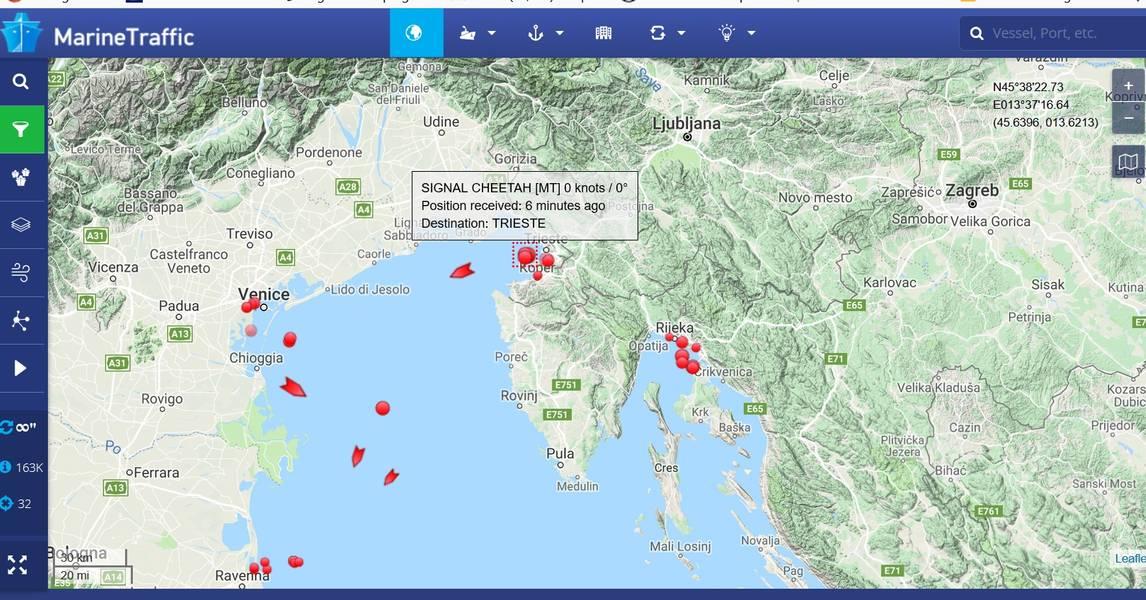 (Fonte: MarineTraffic.com) Legenda: Acúmulo de petroleiros no leste do Mediterrâneo mostrando a embarcação Signal Maritime.