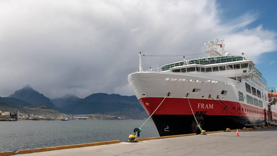 Com o nome do famoso navio de expedição Fram do norueguês Fridtjof Nansen, Fram, o MS Fram da Hurtigruten, entregue em 2007, cruza a Groenlândia durante o verão no hemisfério norte e ao redor da Antártida durante o verão daquela região. Foto cedida por Hurtigruten