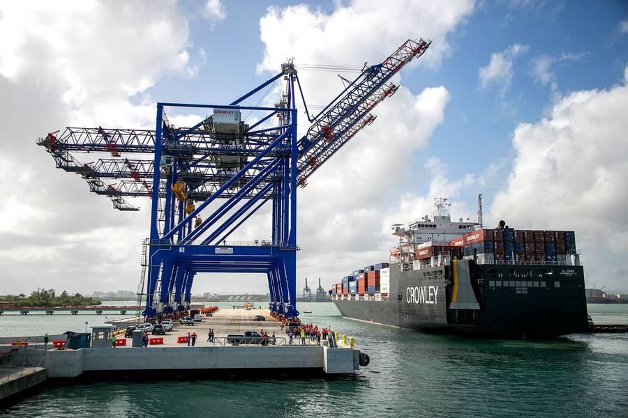 Crowleys LNG-Tanker lieferte das Co / Ro-Schiff El Coqui, das zum ersten Mal in Puerto Rico ankam. (Foto mit freundlicher Genehmigung von Crowley)