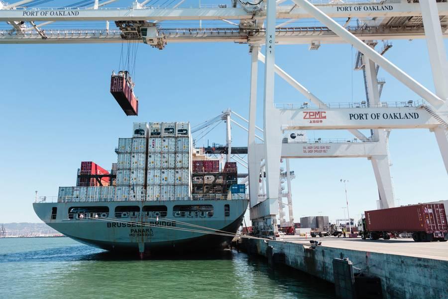 Datei Bild des Hafens von Oakland, CA (Hafen von Oakland CREDIT)