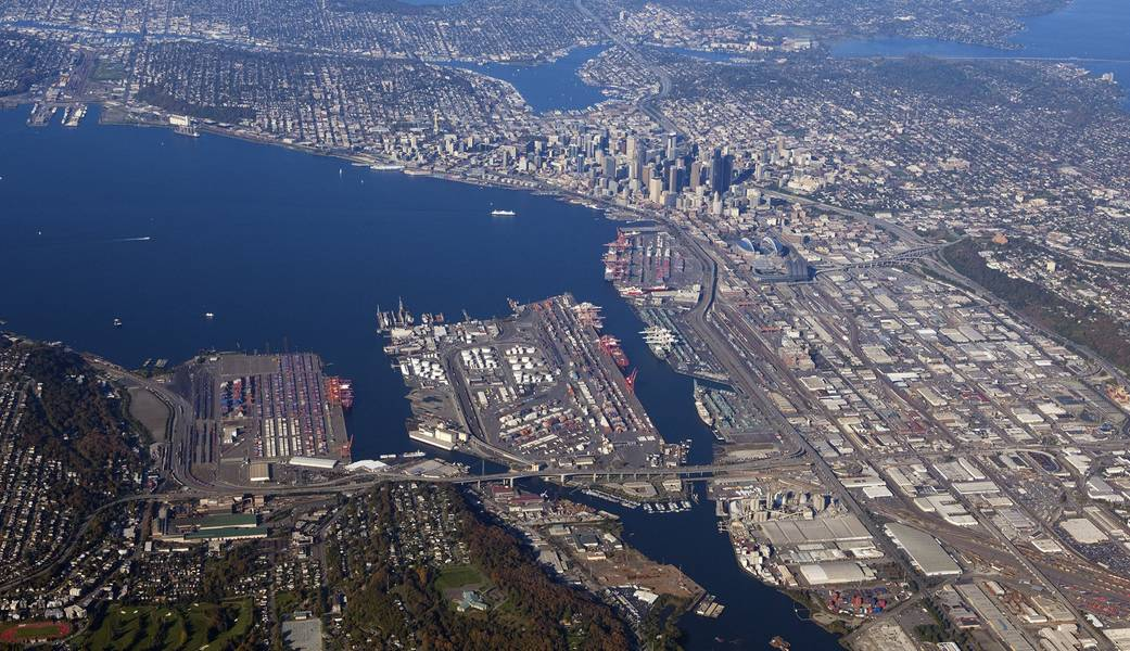 Luftaufnahme der NWSA Seattle Docks (CREDIT: NWSA)