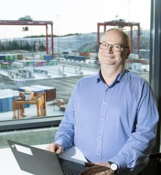 Pekka Yli-Paunu, Director, Investigación de Automatización, Kalmar