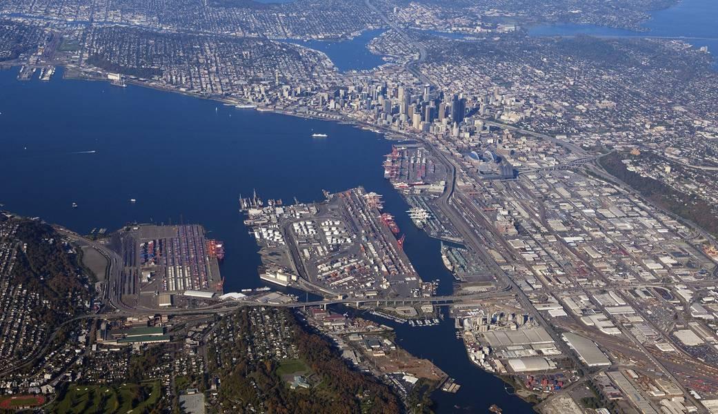 Uma vista aérea das docas de NWSA Seattle (CREDIT: NWSA)