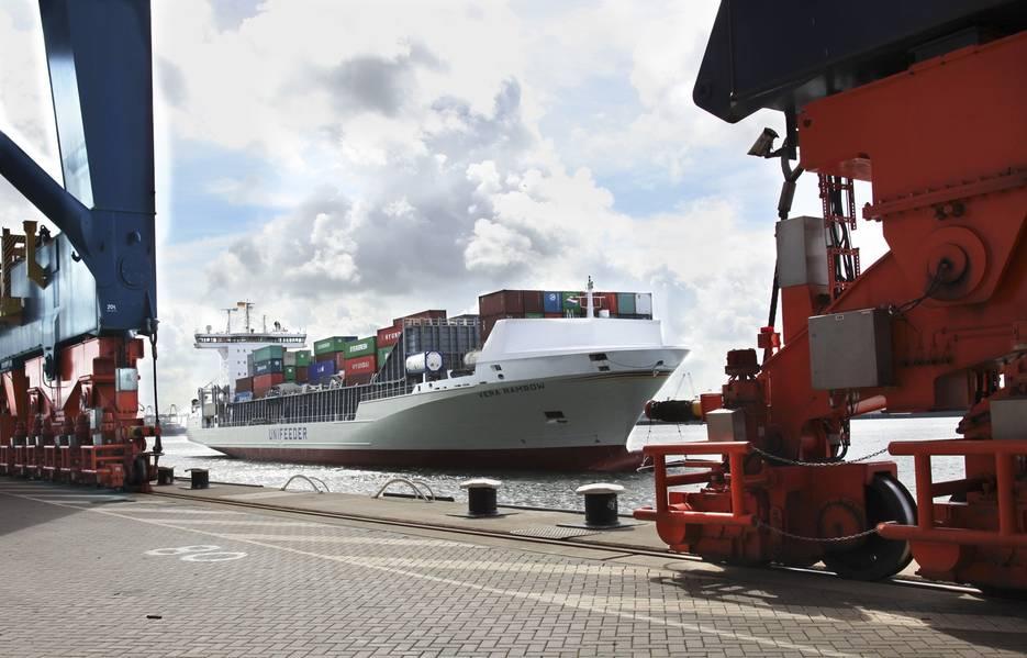 Unifeeder-Schiff Vera Rambow in Rotterdam. Foto: Unifeeder Unifeeder Schiff Vera Rambow in Rotterdam. Foto: Unifeeder