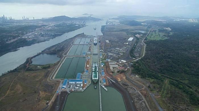 Em 17 de abril, o Canal do Panamá transitou três navios de GNL - Clean Ocean, Gaslog Gibraltar e Gaslog Hong Kong - em um dia, marcando a primeira vez na hidrovia. (Foto: Autoridade do Canal do Panamá)