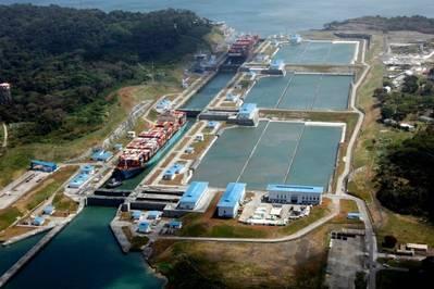Контейнерный сегмент продолжал выступать в качестве ведущего сегмента рынка тоннажа через Канал, на долю которого приходится 159 млн. Тонн всего полученного груза, из которых 112,6 млн. ПК / UMS-тонн проходило по расширенному каналу. (Фото: Панамский канал)