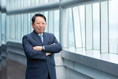جيونج كي لي ، رئيس مجلس الإدارة والرئيس التنفيذي ، السجل الكوري
