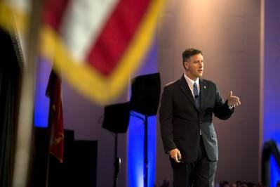 जीपीए के कार्यकारी निदेशक ग्रिफ लिंच ने सवाना, गा में गुरुवार, 20 सितंबर, 2018 को अपने पोर्ट पते का विवरण दिया। (फोटो: जॉर्जिया पोर्ट्स अथॉरिटी / स्टीफन बी मॉर्टन)