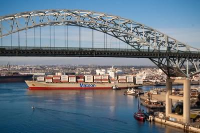 (ملف الصورة: ميناء لونغ بيتش)