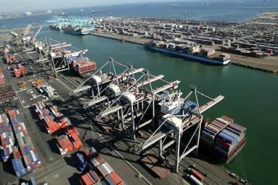 (Foto; Hafen von Los Angeles)