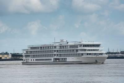 American Song, o primeiro barco moderno nos EUA, chega ao Porto de Nova Orleans dias antes de fazer seu cruzeiro inaugural. (Foto: porto de Nova Orleans)