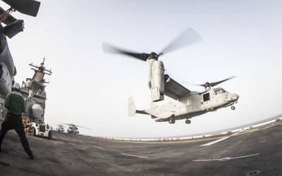Datei Bild: Flight Ops auf dem USS Boxer (CREDIT: USN)