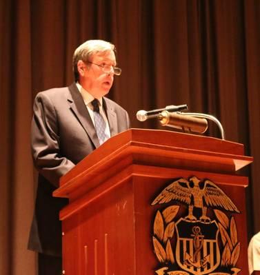 John R. Ballard, Ph.D., o novo reitor acadêmico e reitor da USMMA