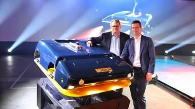 Jotun总裁兼首席执行官Morten Fon(左)和Kongsberg总裁兼首席执行官Geir Haaoy(右)。图片:佐敦
