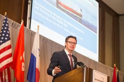 Knut Ørbeck-Nilssen, CEO da DNV GL - Presidente Marítimo e do IACS, falando no CMA Shipping 2018 (Foto: DNV GL / CMA Shipping 2018)