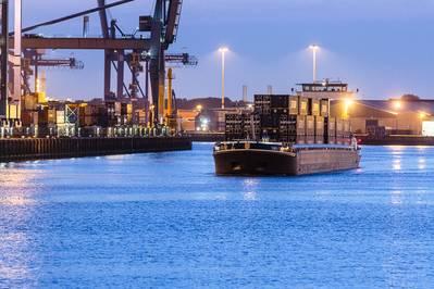 Shortsea集装箱运输(档案图片/ CREDIT Samskip)