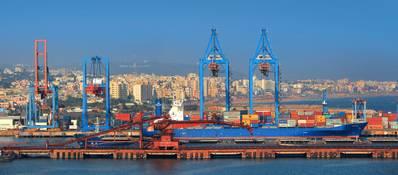 El puerto de Visakhapatnam es el segundo puerto más grande de carga manejada en la India. (Crédito de la imagen: AdobeStock / © SNEHIT)