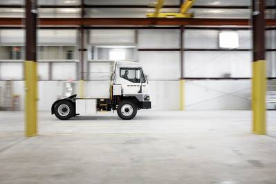 el tractor de terminal eléctrico Kalmar Ottawa, T2E