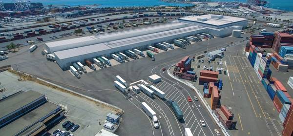 写真:Oakland Seaport