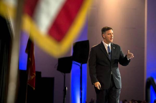 El Director Ejecutivo de GPA Griff Lynch entrega su discurso sobre el Estado del Puerto el jueves 20 de septiembre de 2018 en Savannah, Ga. (Foto: Georgia Ports Authority / Stephen B. Morton)