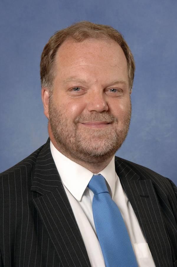 Richard Greiner, sócio de Moore Stephens, transporte marítimo e transporte