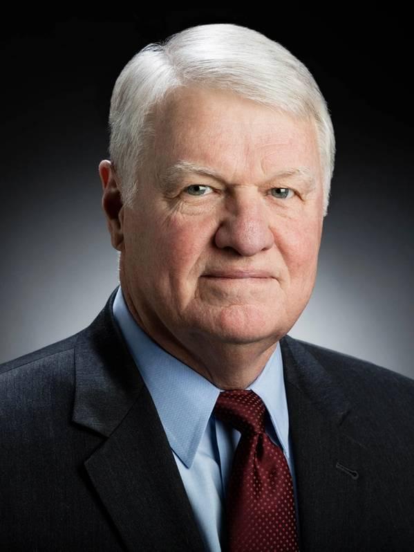Sobre o autor: Gary Roughead, almirante, Marinha dos EUA (aposentado), é um ex-chefe de operações navais dos EUA e ex-comandante da frota do Pacífico dos EUA.