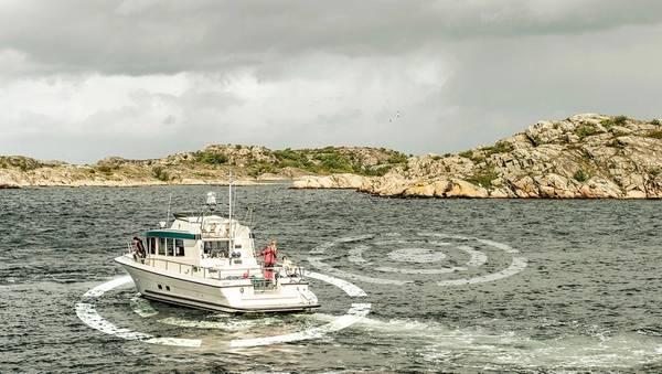 Der DPS von Volvo Penta verfügt jetzt über eine Repositionierungsfunktion, die dazu beiträgt, die Position in unruhigen Gewässern aufrechtzuerhalten und eine verfeinerte Bewegung zu ermöglichen. Foto: Volvo Penta