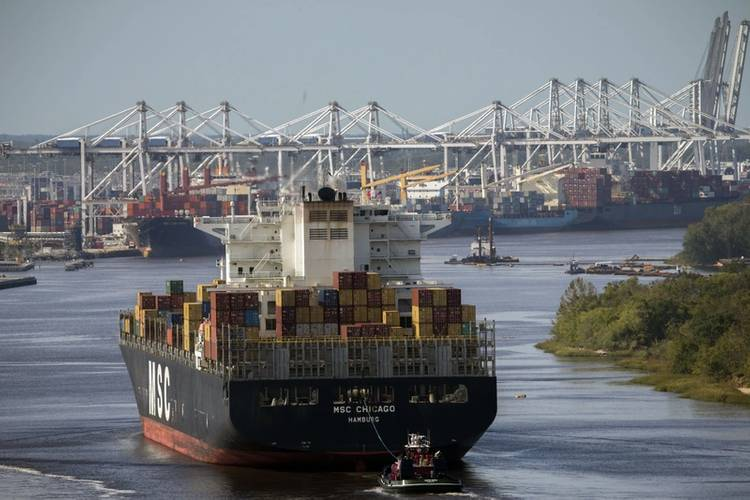 Containership MSC Chicago sails up river to the Port of Savannah after the Savannah River reopened following Hurricane Matthew in Savannah, Ga., Wednesday, Oct.12, 2016. (Photo: Georgia Ports Authority/Stephen B. Morton)
