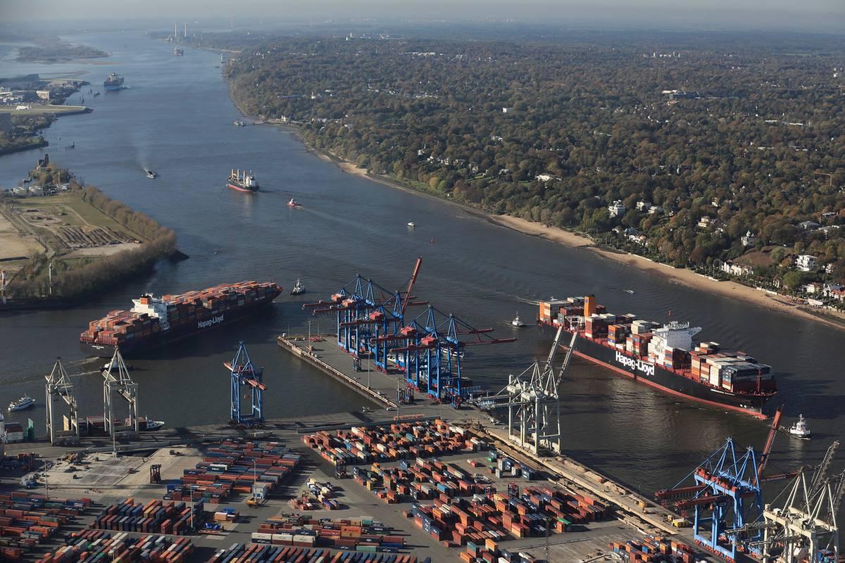 Port of Hamburg as Digital Networking Pioneer