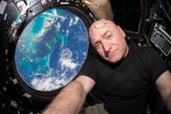 NASA astronaut Scott Kelly inside the cupola of the International Space Station (Photo: NASA)