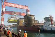 Chinese Shipyard Scene: Photo credit Wiki CCL2