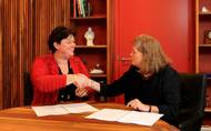 Karin Orsel (left) President and CEO of MF Shipping Group, will be the keynote speaker at WISTA USA's tenth annual luncheon, kicking off the CMA Shipping 2015.  (Photo: http://www.managementfacilities.nl)