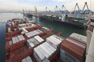 The port of rotterdam (CREDIT: PoR / Freek van Arkel)