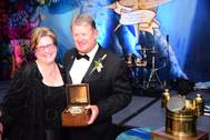 Seafarers' House Executive Director Lesley Warrick with Guy Harvey (Photo: Seafarers' House)