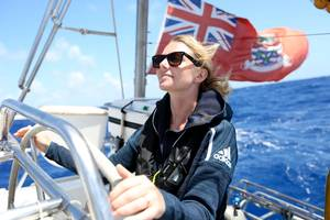 Emily Penn at the helm. © Eleanor Church Larkrise Pictures
