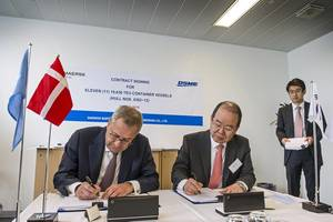 Søren Skou, CEO of Maersk Line, and Sung-Leep Jung, President and CEO of DSME, at a ceremony at Maersk Line's headquarters in Copenhagen (Photo courtesy of Maersk)