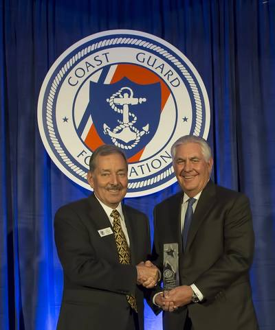 Coast Guard Foundation Chairman Will Jenkins presenting the 2016 Guardian Award to Mr. Rex W. Tillerson.