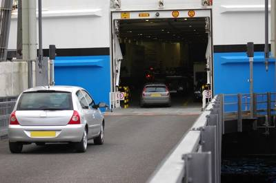 MOL in conjunction with Osaka University has developed a mathematical algorithm to optimize the loading of cars onto ferries.  (Photo © Adobe Stock / Paula Fisher)