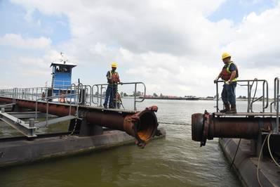 Dredging Operations at the Port of New Orleans, LA (CREDIT: Port NOLA)