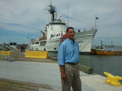 Frank LoBiondo visits USCG training center in Cape May, August 2013