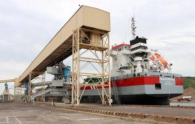 Fraserborg loading wheat bound for Italy at the Riverland Ag Corp. terminal in Duluth, Minnesota, on June 15, 2020. (Photo: Duluth Seaway Port Authority)