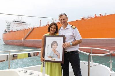 The Godmother of MV Barracuda, Ms. Su Yin Anand, Head of Legal at South32 Marketing Singapore and Captain Dan Cracium of MV Barracuda at the Naming Ceremony. Image: KCC