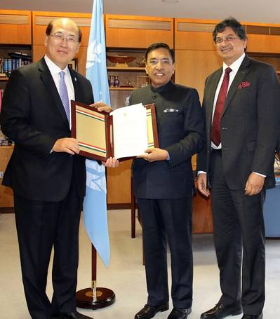 Gopal Krishna, Secretary to the Government of India, Ministry of Shipping and Amitabh Kumar, India's Director General of Shipping, deposited the instrument of accession to the Hong Kong Convention with IMO Secretary-General Kitack Lim yesterday (28 November) during the thirty-first session of the IMO Assembly. Photo: IMO