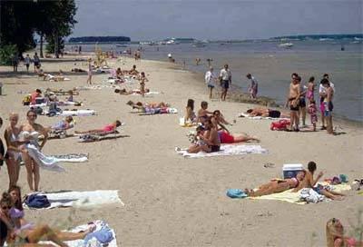 Great Lakes Beach: Photo credit EPA