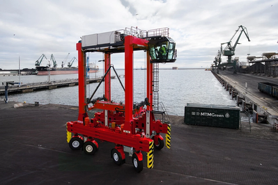 Kalmar next-generation straddle carrier (Photo: Kalmar)