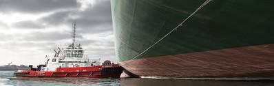 Kotup tugboat maneuvering a container ship. Image:  Boluda Corporación Marítima
