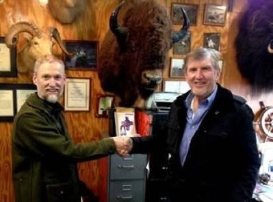 (L.to R.) Dan Magone & Joe Farrell: Photo courtesy of Resolve Marine Group