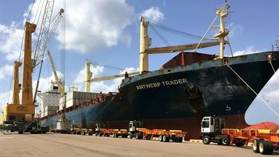 At Port Manatee, containerized cargo is offloaded from a Del Monte Fresh Produce vessel, adding to the record container volume the port is experiencing in its current fiscal year.  (Photo: Port Manatee)